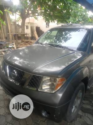 Nissan Pathfinder 2006 SE 4x2 Gray | Cars for sale in Lagos State, Ajah