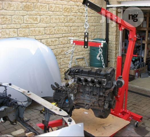 Car 2 Ton Hydraulic Jack Engine Crane Lifts 4000 Lbs | Heavy Equipment for sale in Surulere, Lagos State, Nigeria