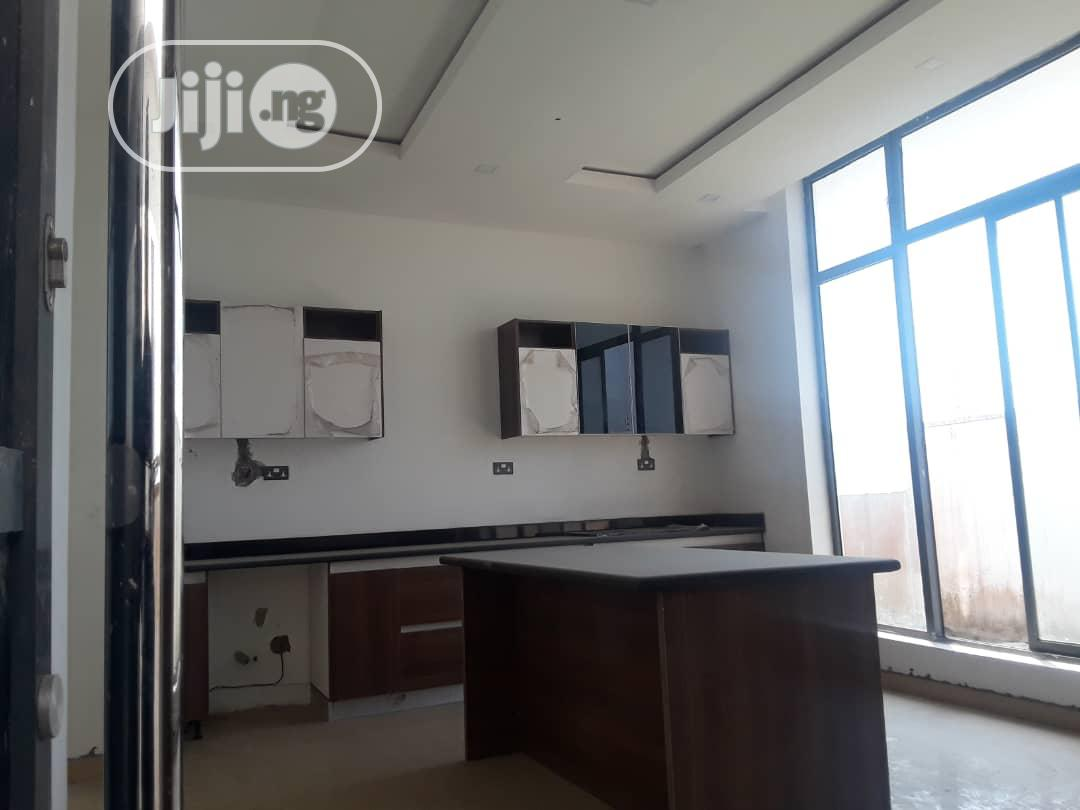 Luxurious 5 Bedrooms Fully Detached Duplex | Houses & Apartments For Sale for sale in Lekki Phase 1, Lekki, Nigeria