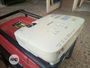 Very Sharp Epson Projector Available For All Events | TV & DVD Equipment for sale in Lagos State, Kosofe