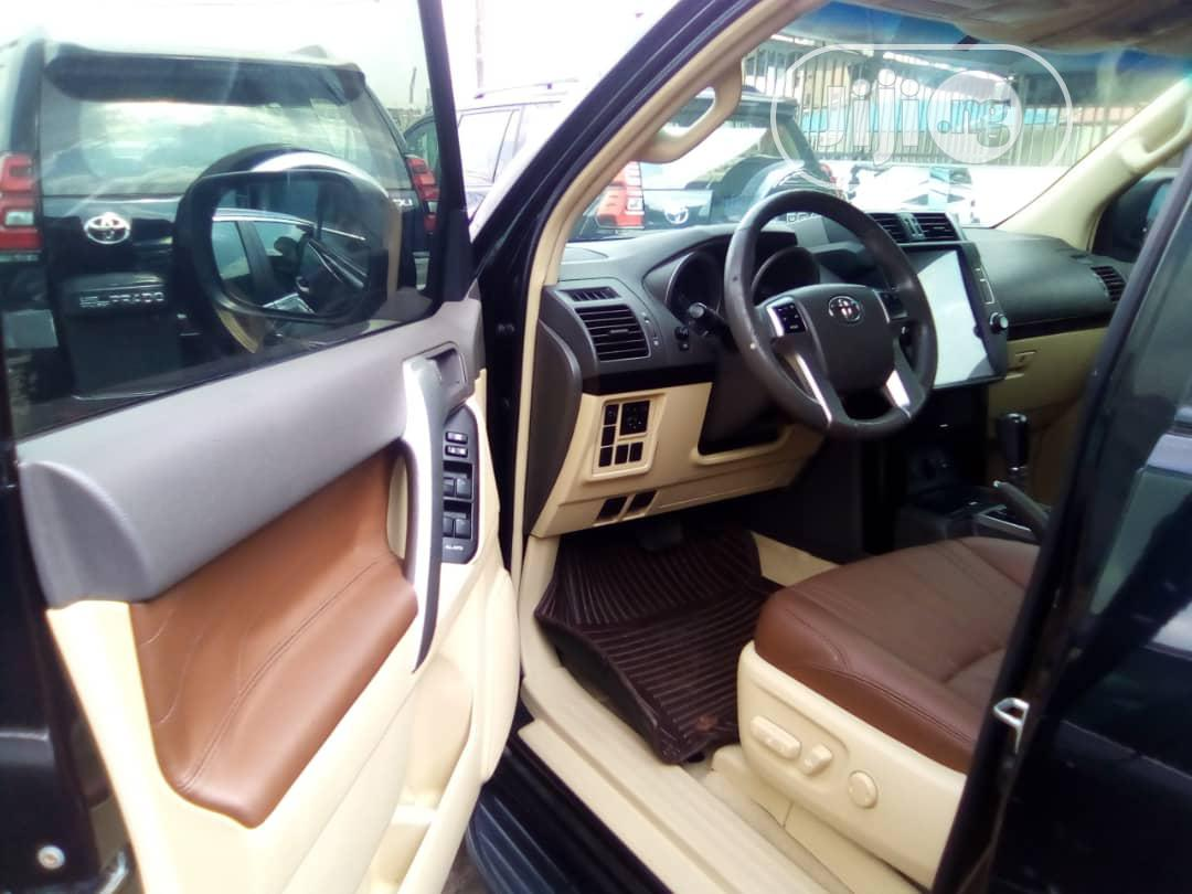 Archive: Toyota Land Cruiser Prado 2017 GXL Black
