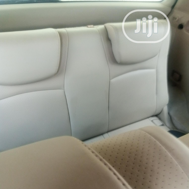Archive: Toyota Highlander 2005 Limited V6 Black