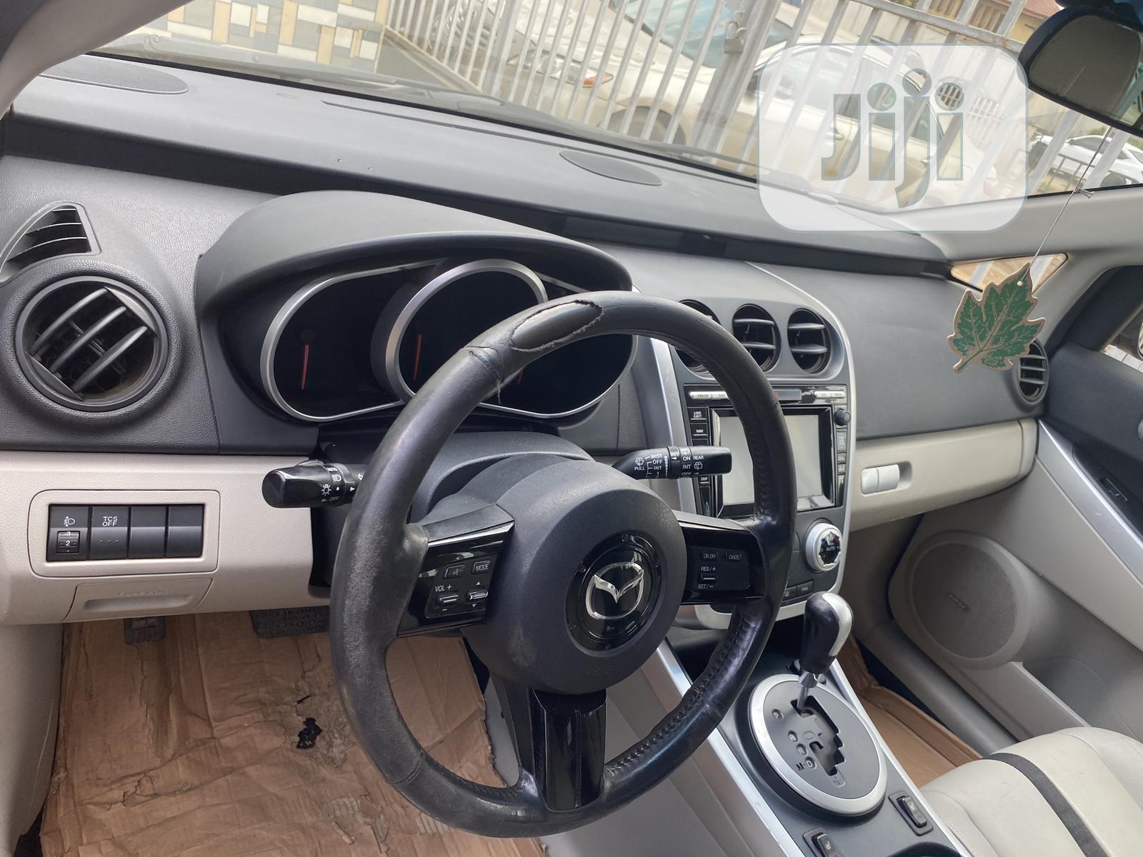 Archive: Mazda CX-7 2010 s Touring Silver