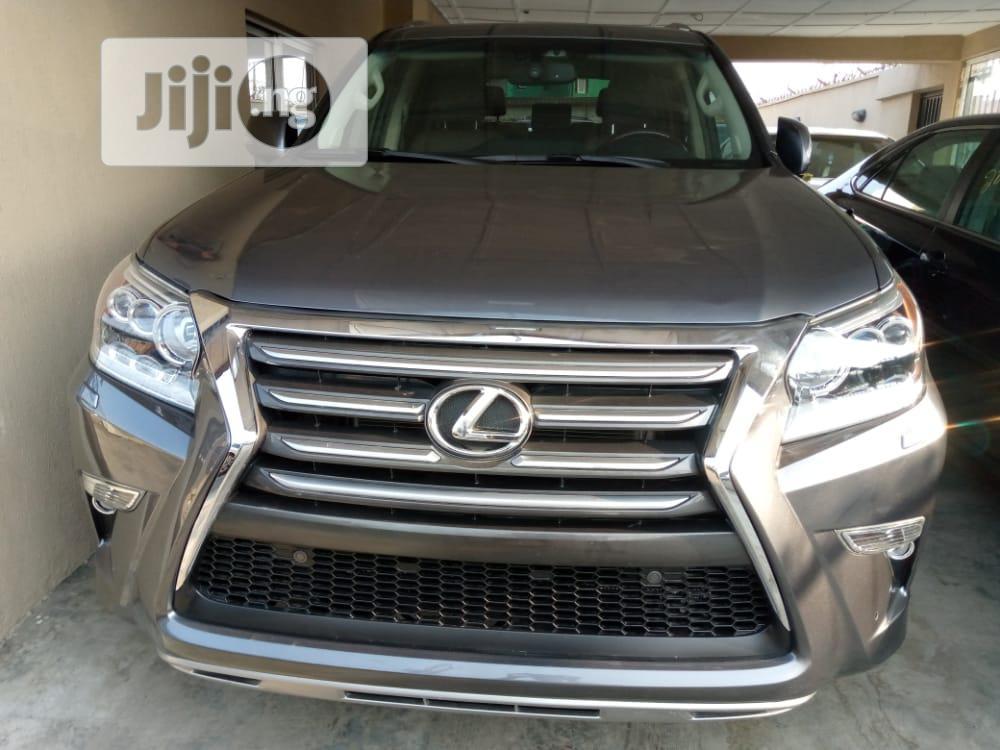 Lexus GX 2015 460 Luxury Gray