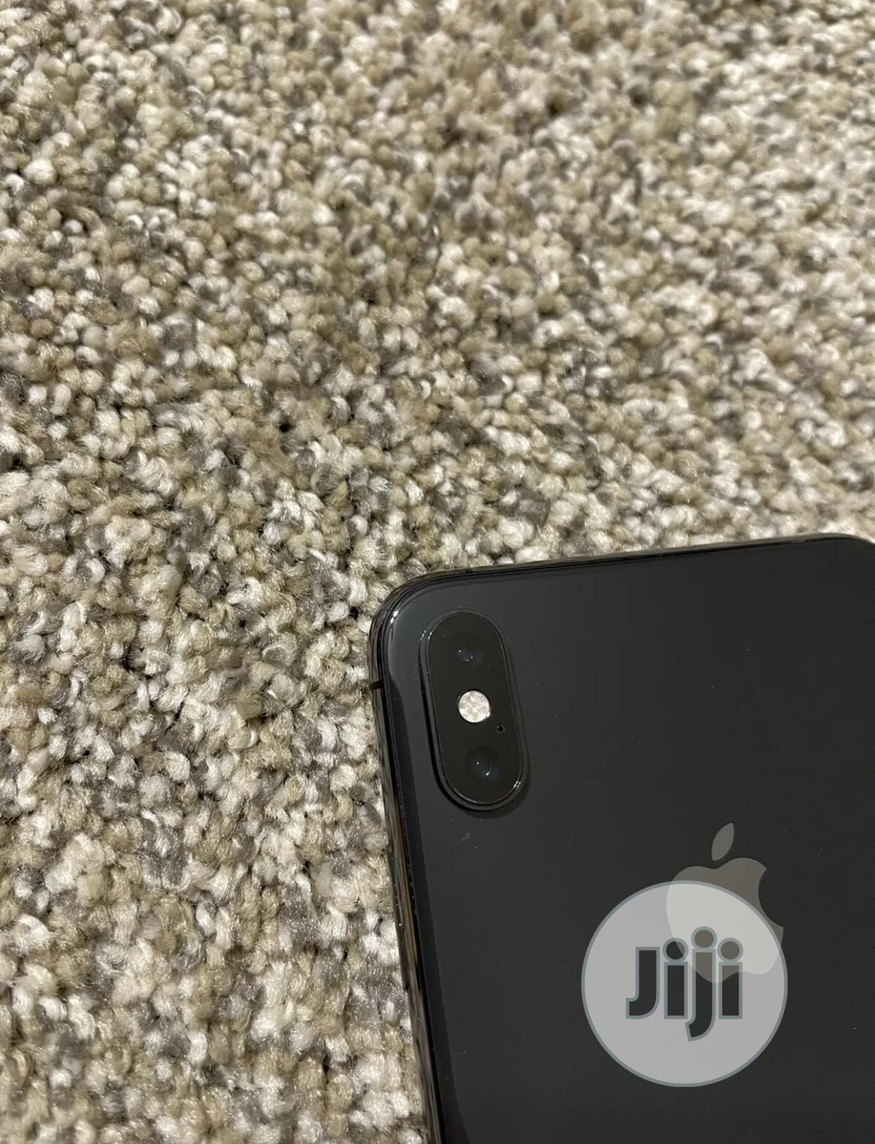 Apple iPhone XS Max 64 GB Black | Mobile Phones for sale in Ifako-Ijaiye, Lagos State, Nigeria