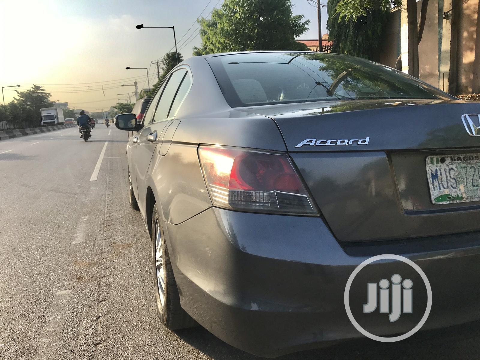 Archive: Honda Accord 2008 2.0i-Vtec Executive Gray