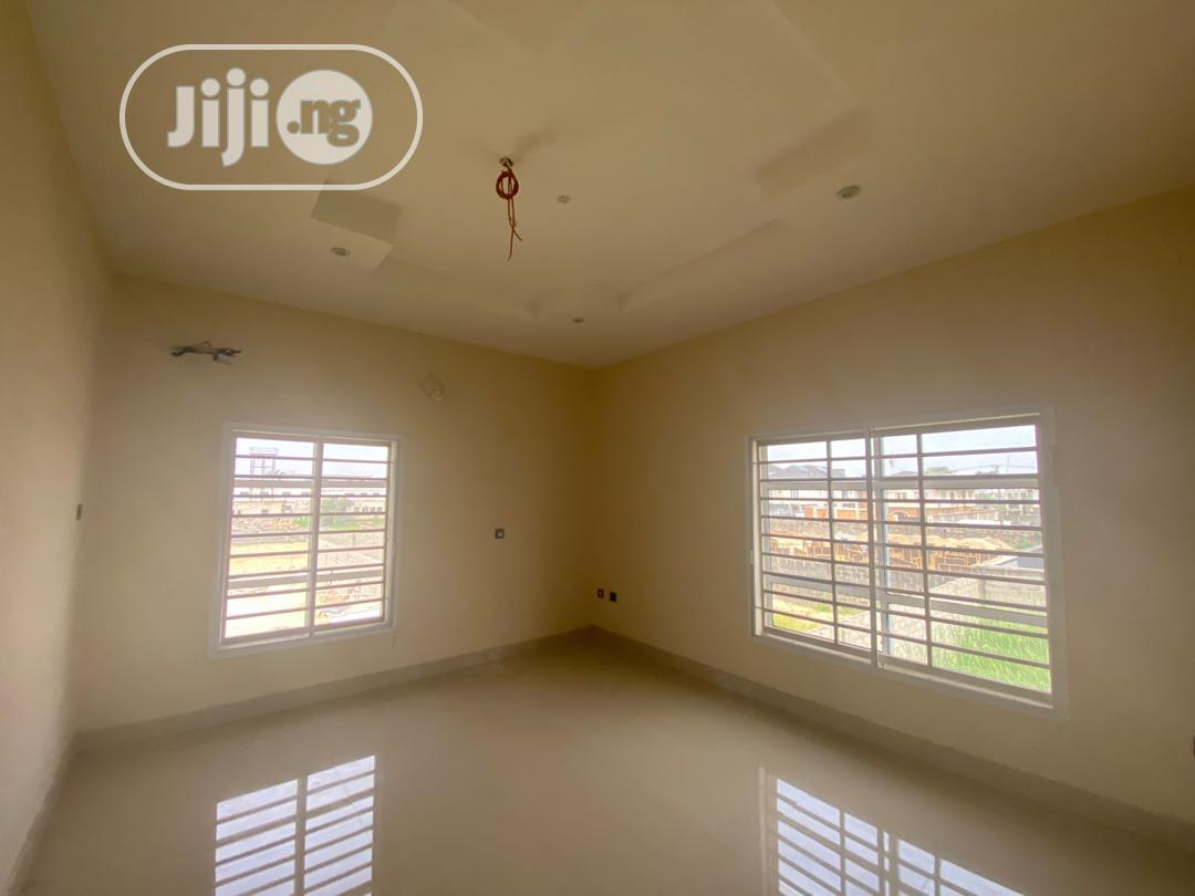Archive: Brand New And Tastefully Finished 4 Bedroom Terrace Duplex
