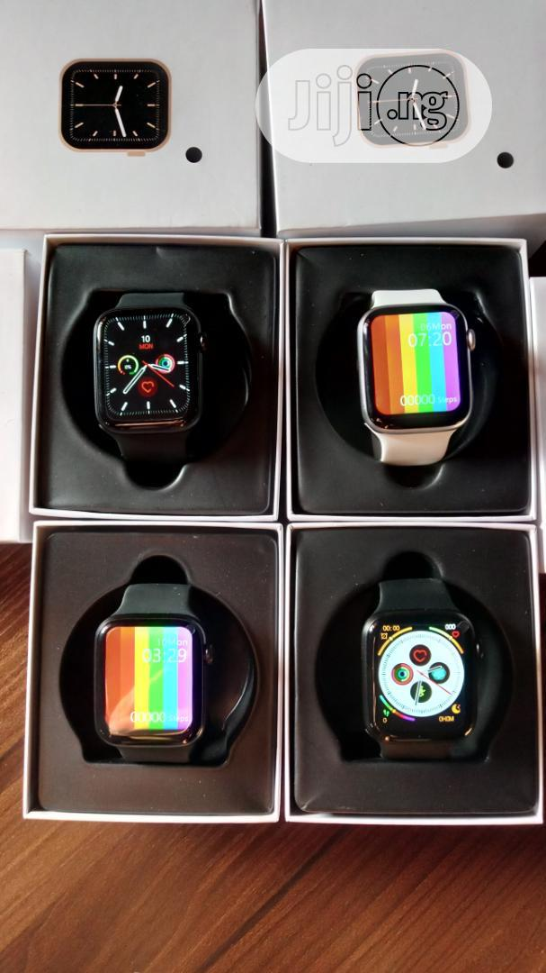 Archive: Apple Watch Series 6 (Clone)