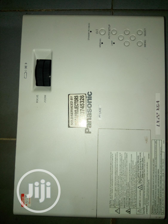 Panasonic Projector PT-LX22