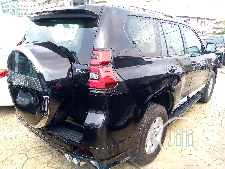 Archive: Toyota Land Cruiser Prado 2018 GXR Black