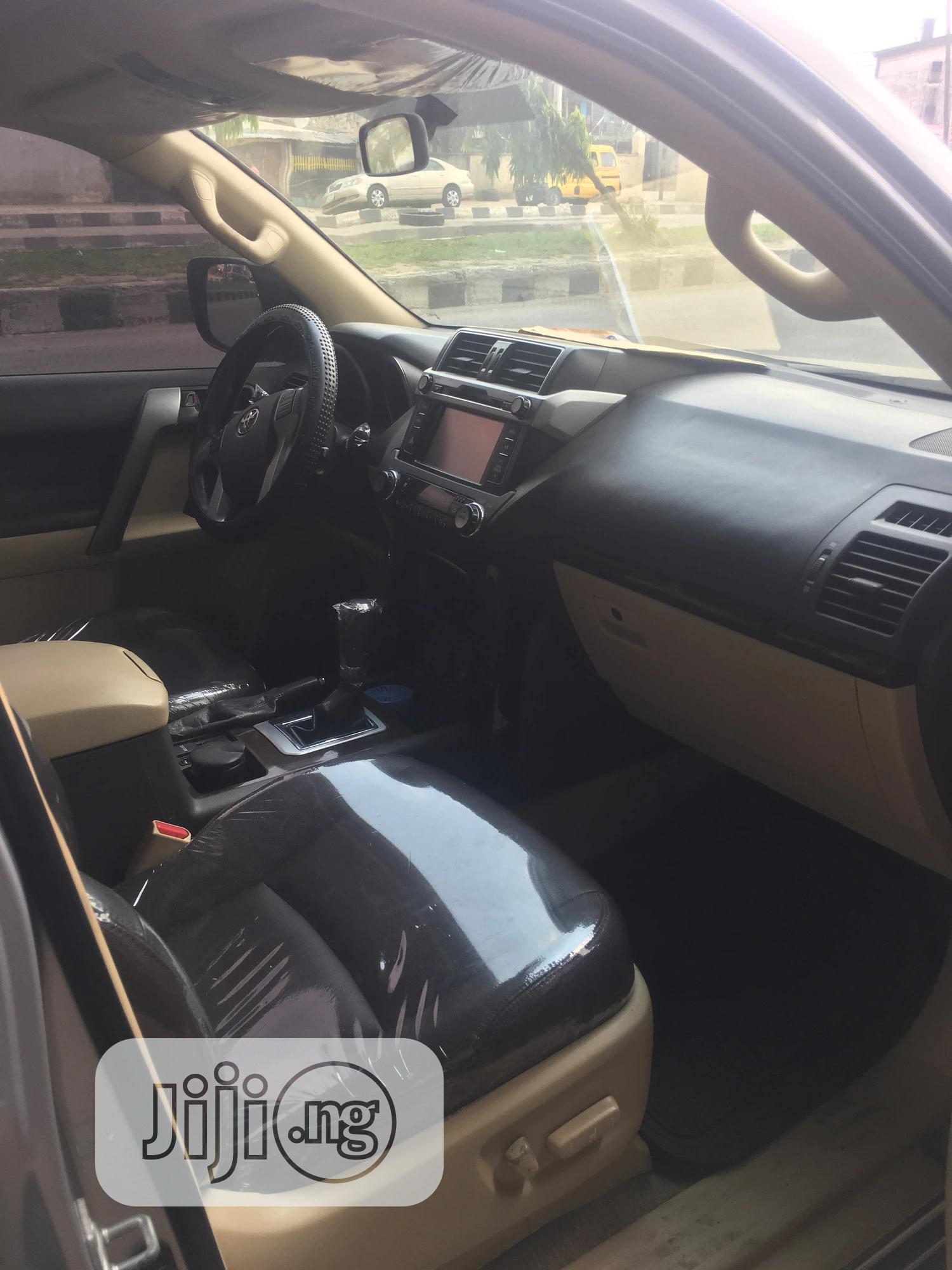 Toyota Land Cruiser Prado 2014 VX Silver | Cars for sale in Surulere, Lagos State, Nigeria