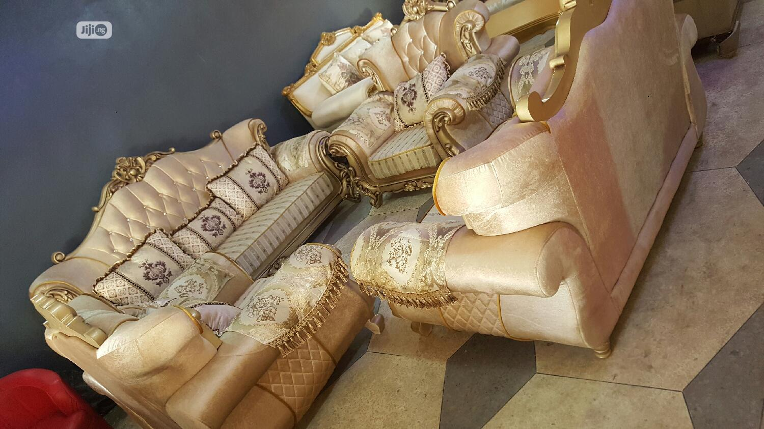 Archive: Royal Quality Chairs