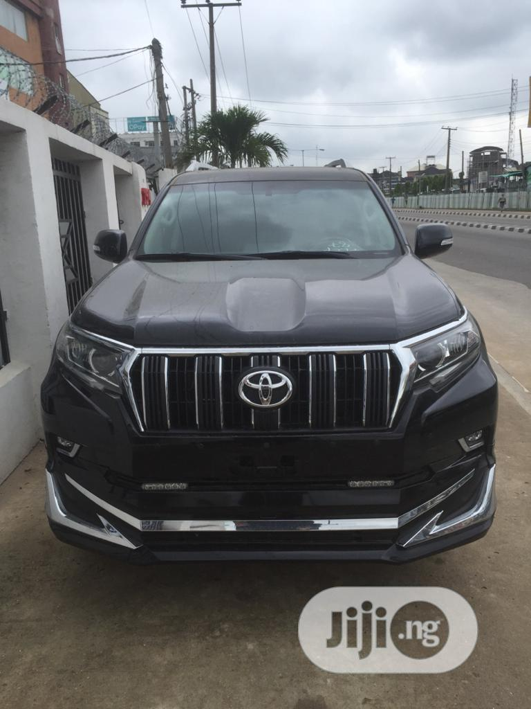 Archive: New Toyota Land Cruiser Prado 2019 VXR Black
