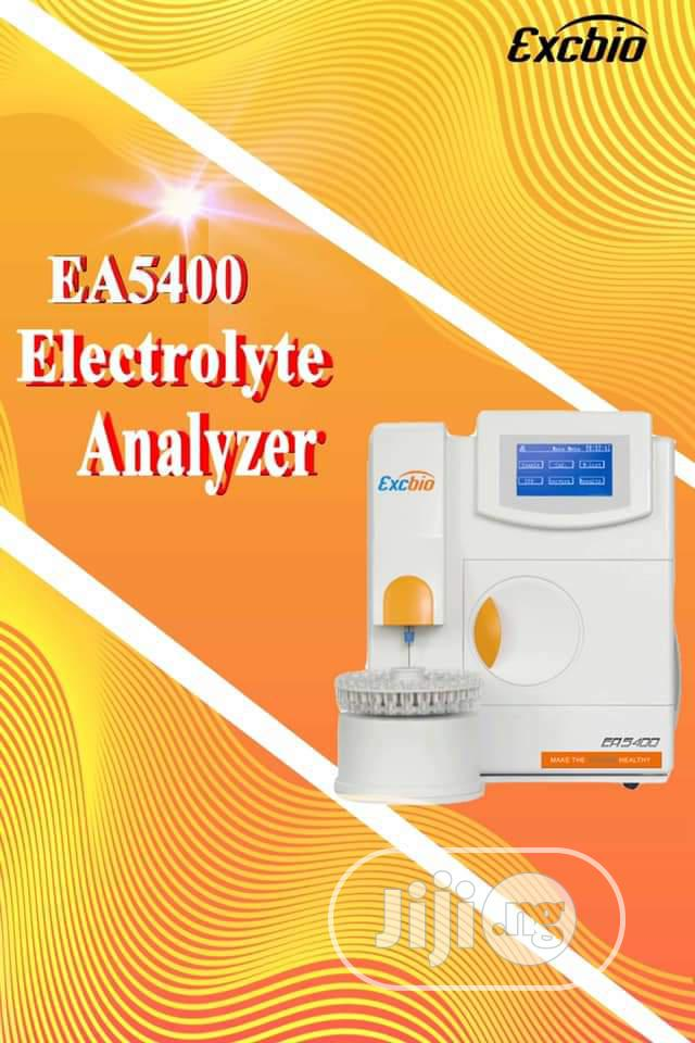 EA 5500 Electrolyte Analyzer