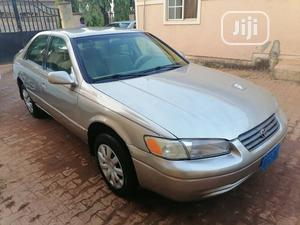 Toyota Camry 1999 Automatic Gold   Cars for sale in Abuja (FCT) State, Katampe