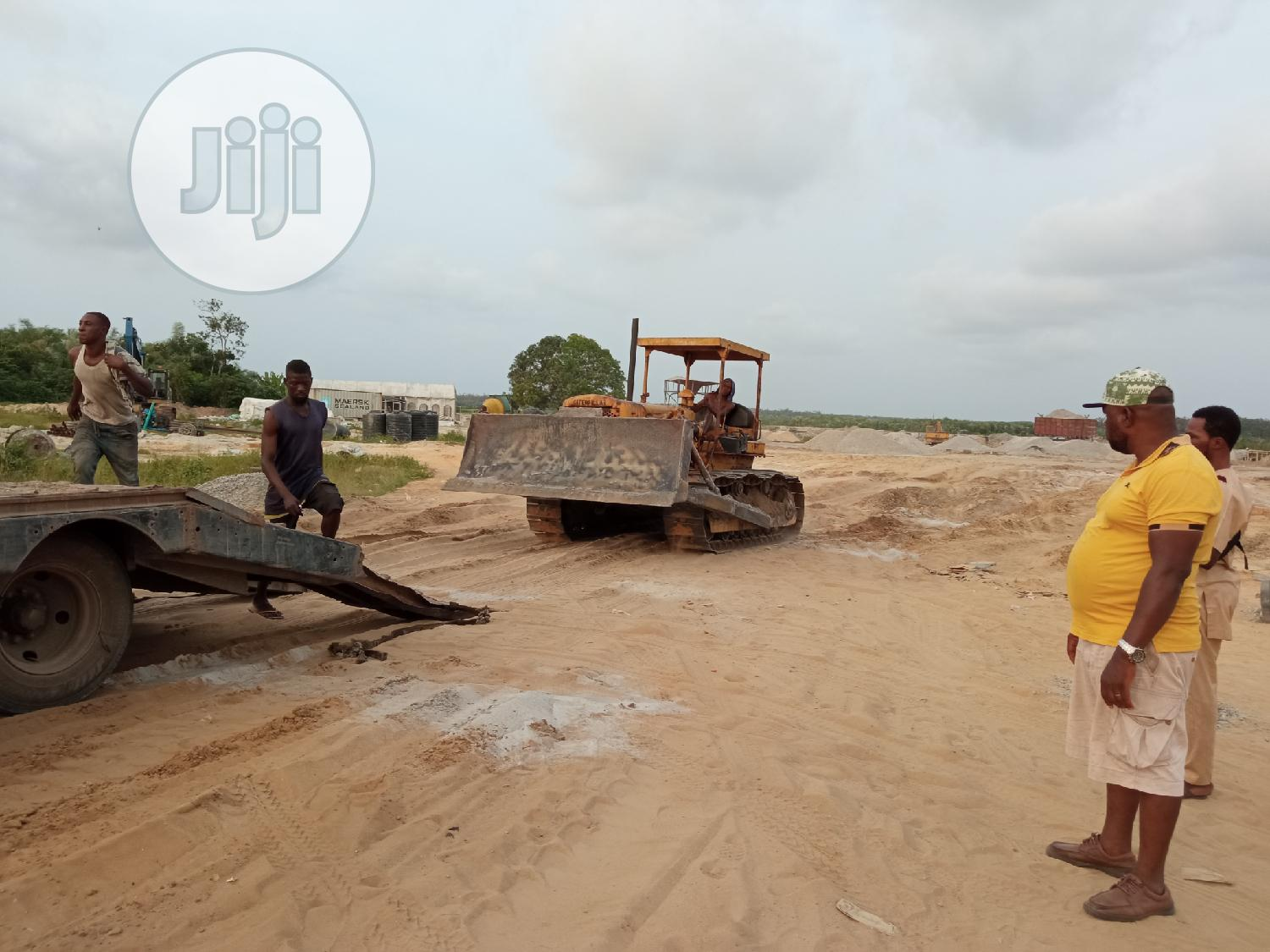 Direct Tokunbo Cat Bulldozer D6D | Heavy Equipment for sale in Ajah, Lagos State, Nigeria