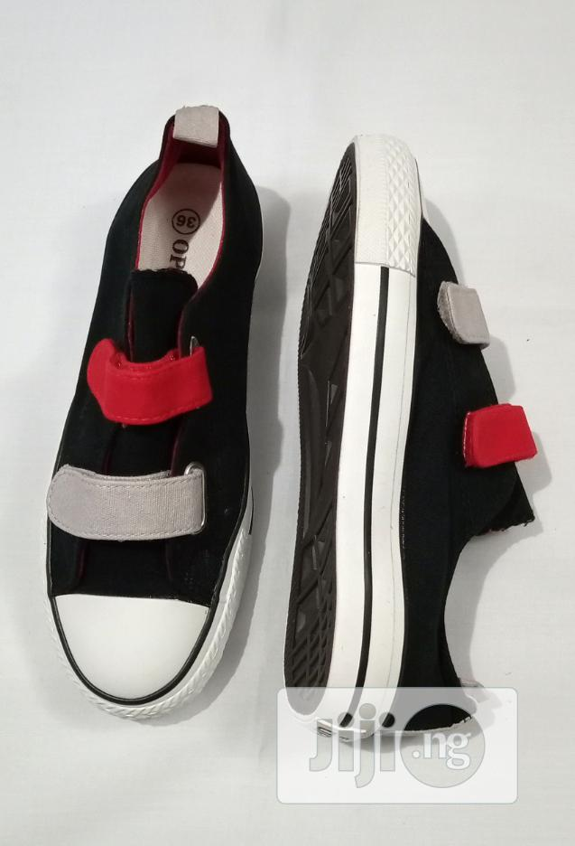 Archive: Beautiful Sneakers Black/Red
