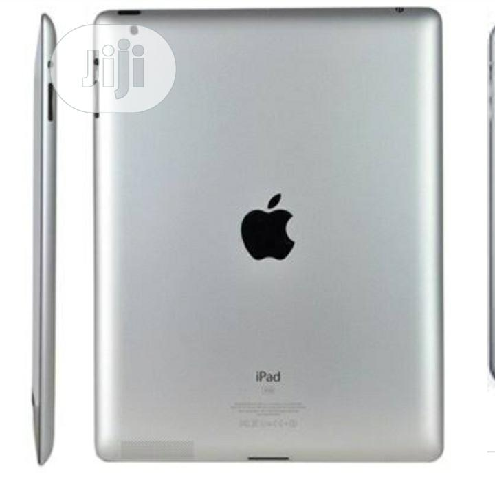 Apple iPad 2 Wi-Fi 16 GB Silver | Tablets for sale in Surulere, Lagos State, Nigeria