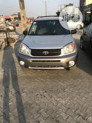 Toyota RAV4 2004 Silver | Cars for sale in Lagos State, Ajah