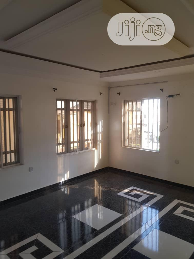 Distress 5 Bedrooms Duplex | Houses & Apartments For Sale for sale in Gbagada, Lagos State, Nigeria