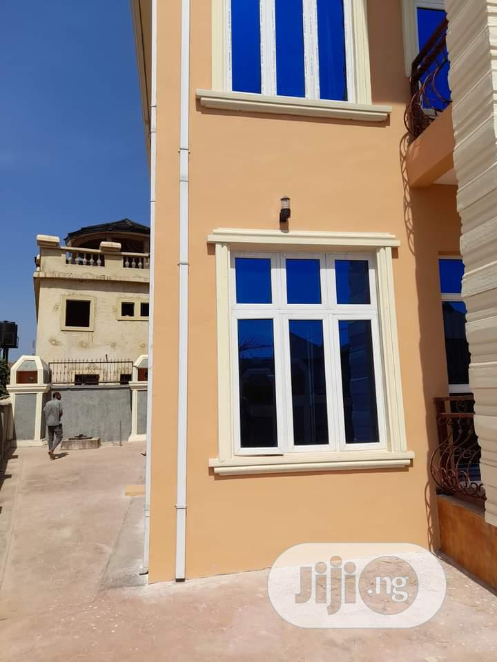 Newly Built 5 Bedroom Duplex
