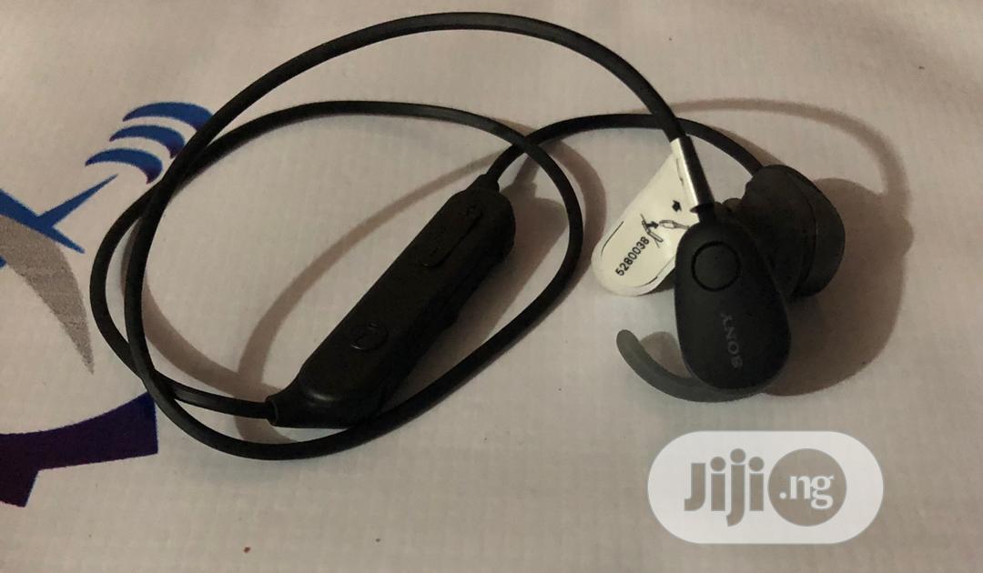 Sony WI-SP600N/B Wireless Noise Canceling Headphones | SP600