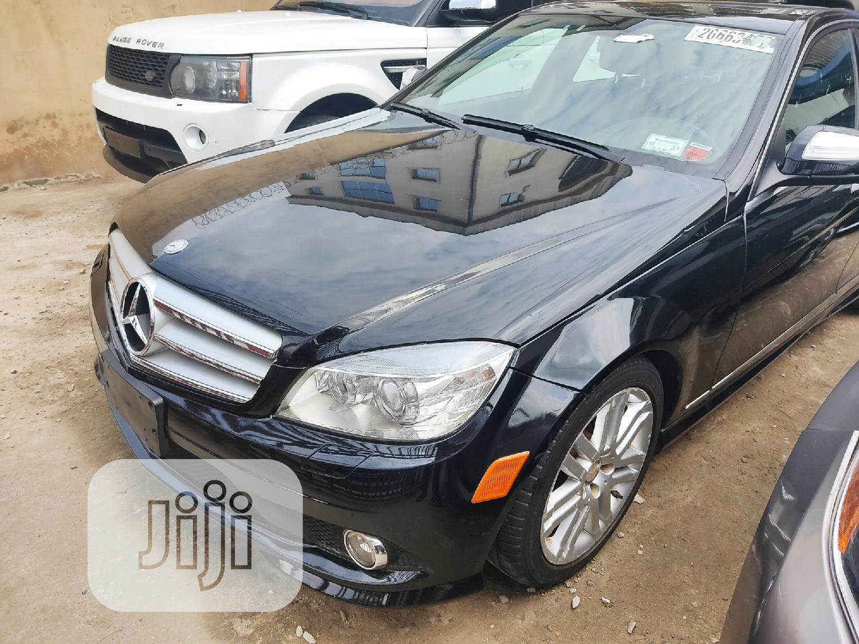 Mercedes-Benz C300 2010 Black