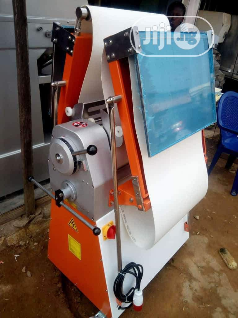 Archive: Standing Dough Sheeter