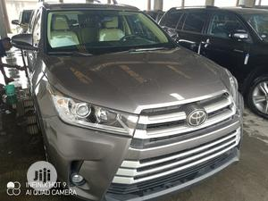 Toyota Highlander 2017   Cars for sale in Lagos State, Apapa