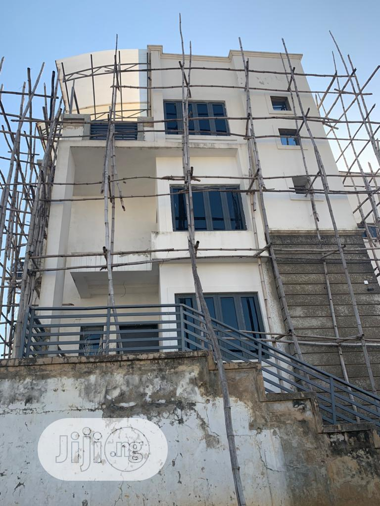 Newly Built 5bedrooms Detached Duplex With 2rooms Bq