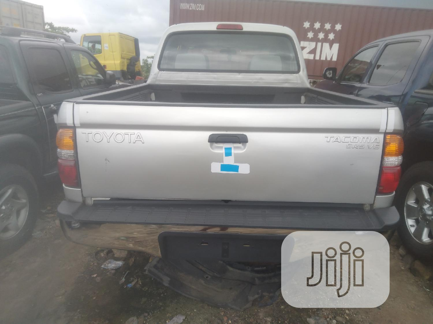 Archive: Toyota Tacoma 2004 Double Cab V6 4WD Silver
