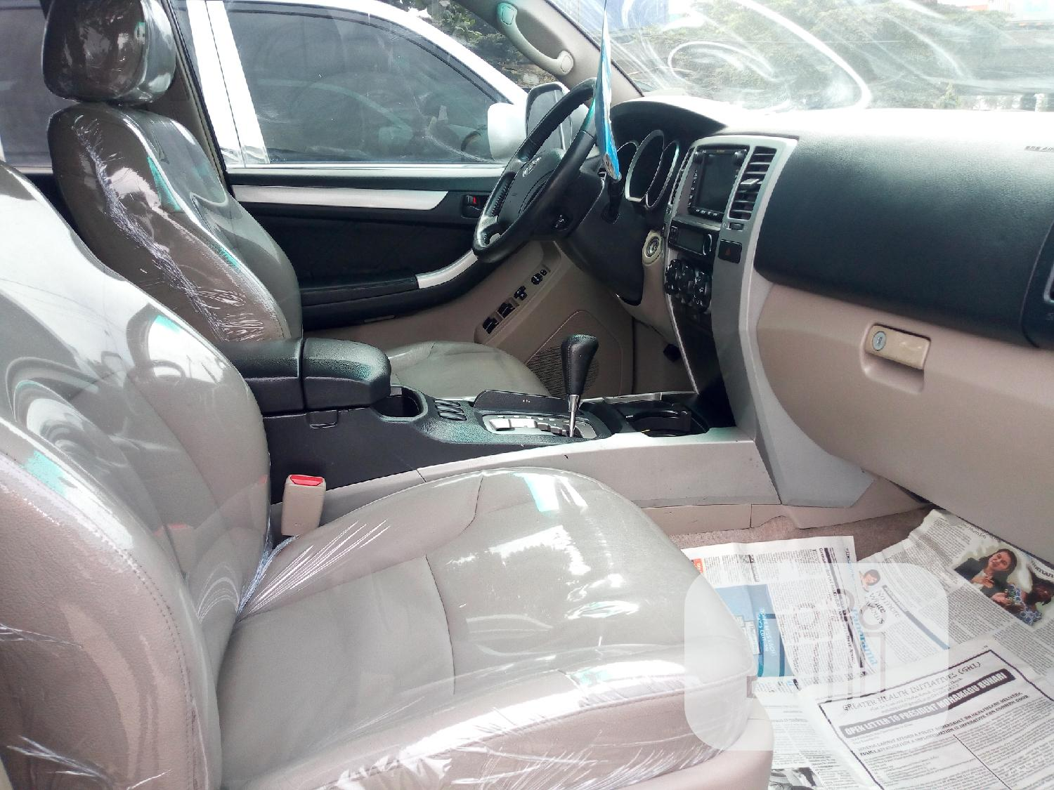 Toyota 4-Runner 2006 Limited 4x4 V6 Silver   Cars for sale in Amuwo-Odofin, Lagos State, Nigeria