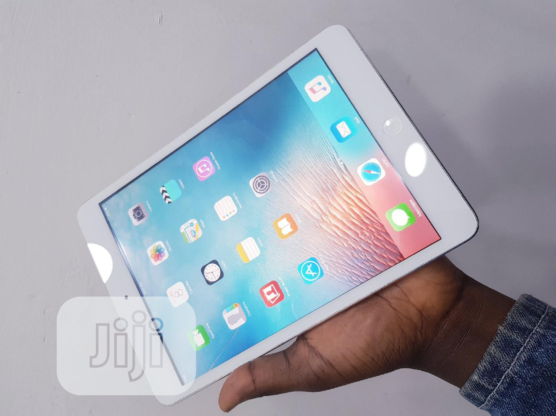 Archive: Apple iPad Mini 2 16 GB Silver