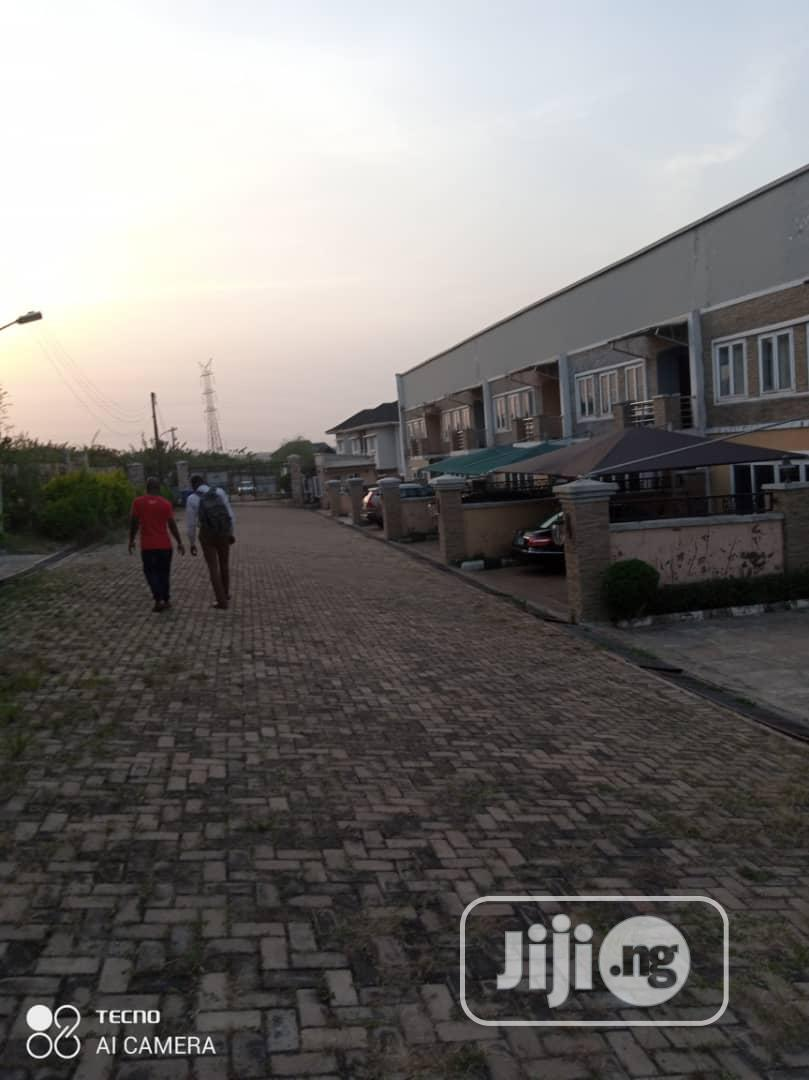 2000m2 Plot of Land at Main Alalubosa Gra Ibadan