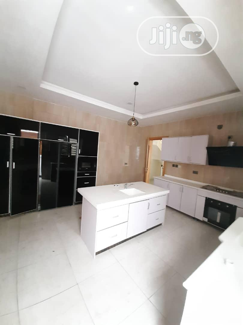 Neat 5 Bedroom Duplex For Sale At Osapa London Lekki Lagos | Houses & Apartments For Sale for sale in Osapa london, Lekki, Nigeria
