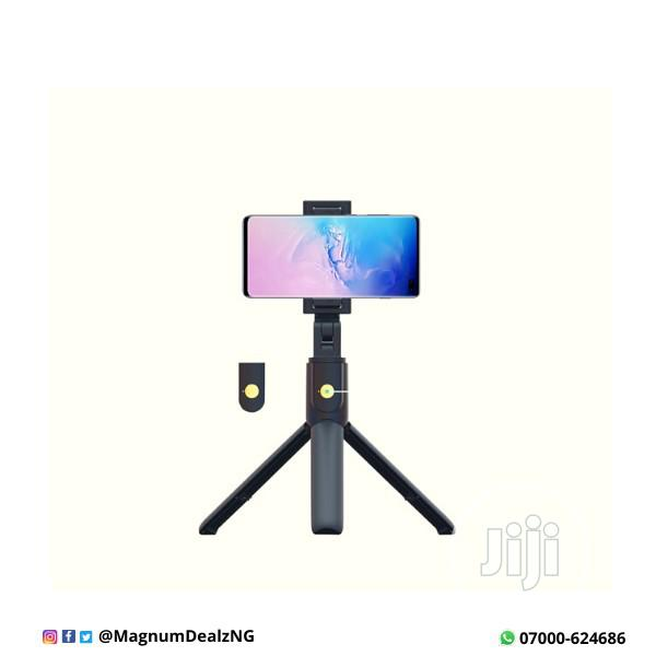 Porodo Bluetooth Selfie Stick With Tripod | Accessories for Mobile Phones & Tablets for sale in Ikeja, Lagos State, Nigeria