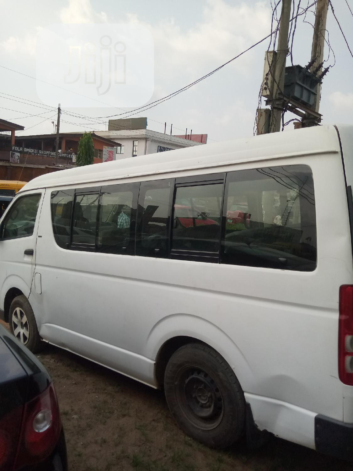 Archive: Foreign Used Hummer Bus Perfectly Ok