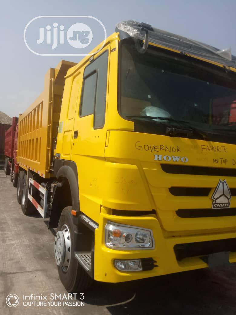 Archive: Brown New Howo Truck for Sell