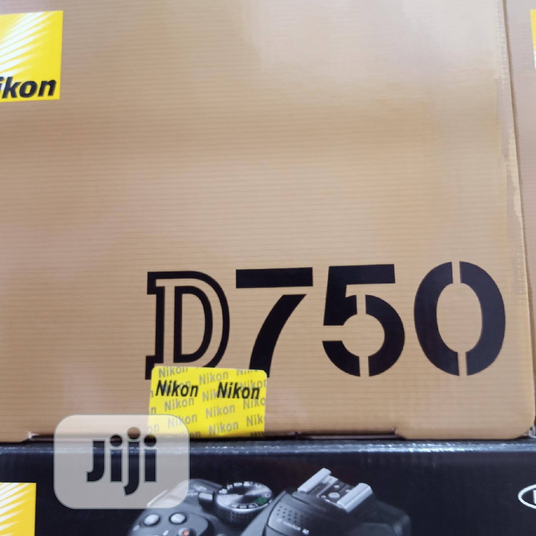 Archive: Nikon D750 Camera