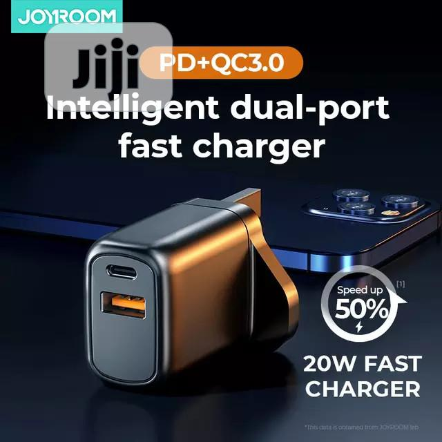 Intelligent Dual-port Fast Charger (iPhone12 Series/ Others) | Accessories for Mobile Phones & Tablets for sale in Ikorodu, Lagos State, Nigeria