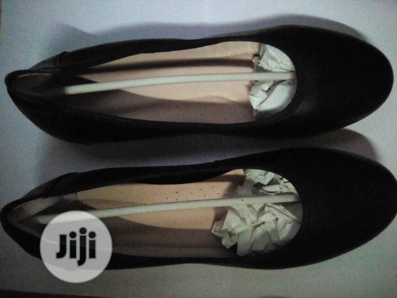 Archive: Court Shoe for Female: Size 40,41