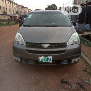 Toyota Sienna 2005 LE AWD Gray | Cars for sale in Lagos State, Alimosho