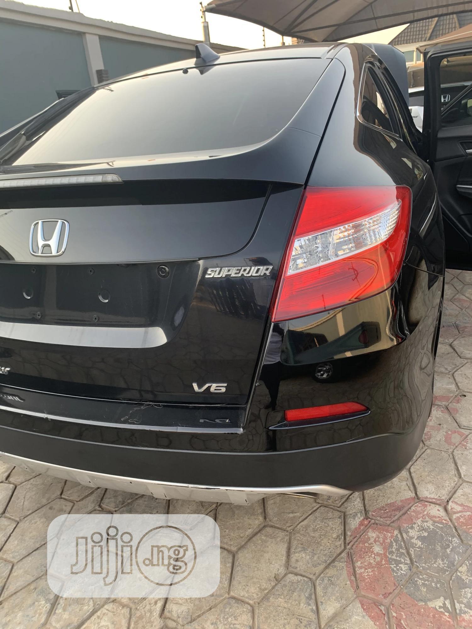 Honda Accord CrossTour 2013 EX-L w/Navigation AWD Black   Cars for sale in Abule Egba, Lagos State, Nigeria