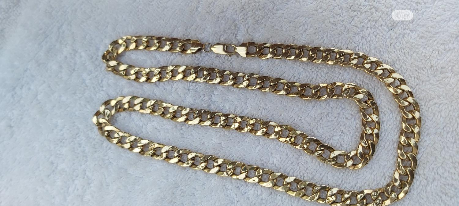 ITALY 750 Tested 18karat Solid Gold Necklace Cuban Design