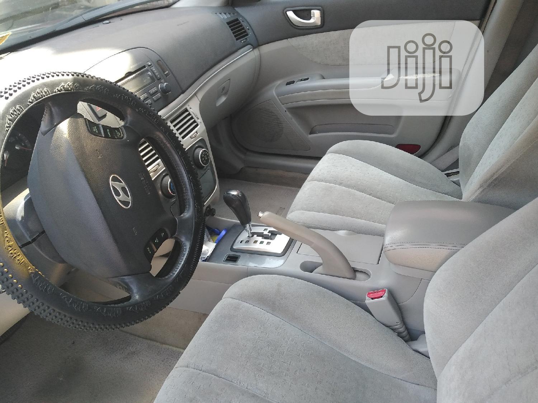 Archive: Hyundai Sonata 2006 2.4 GL Black