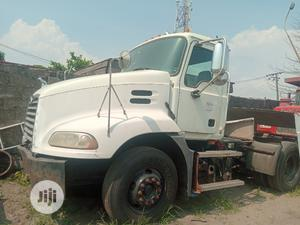 Mack Vision Tractor Head Truck 2001   Heavy Equipment for sale in Lagos State, Apapa