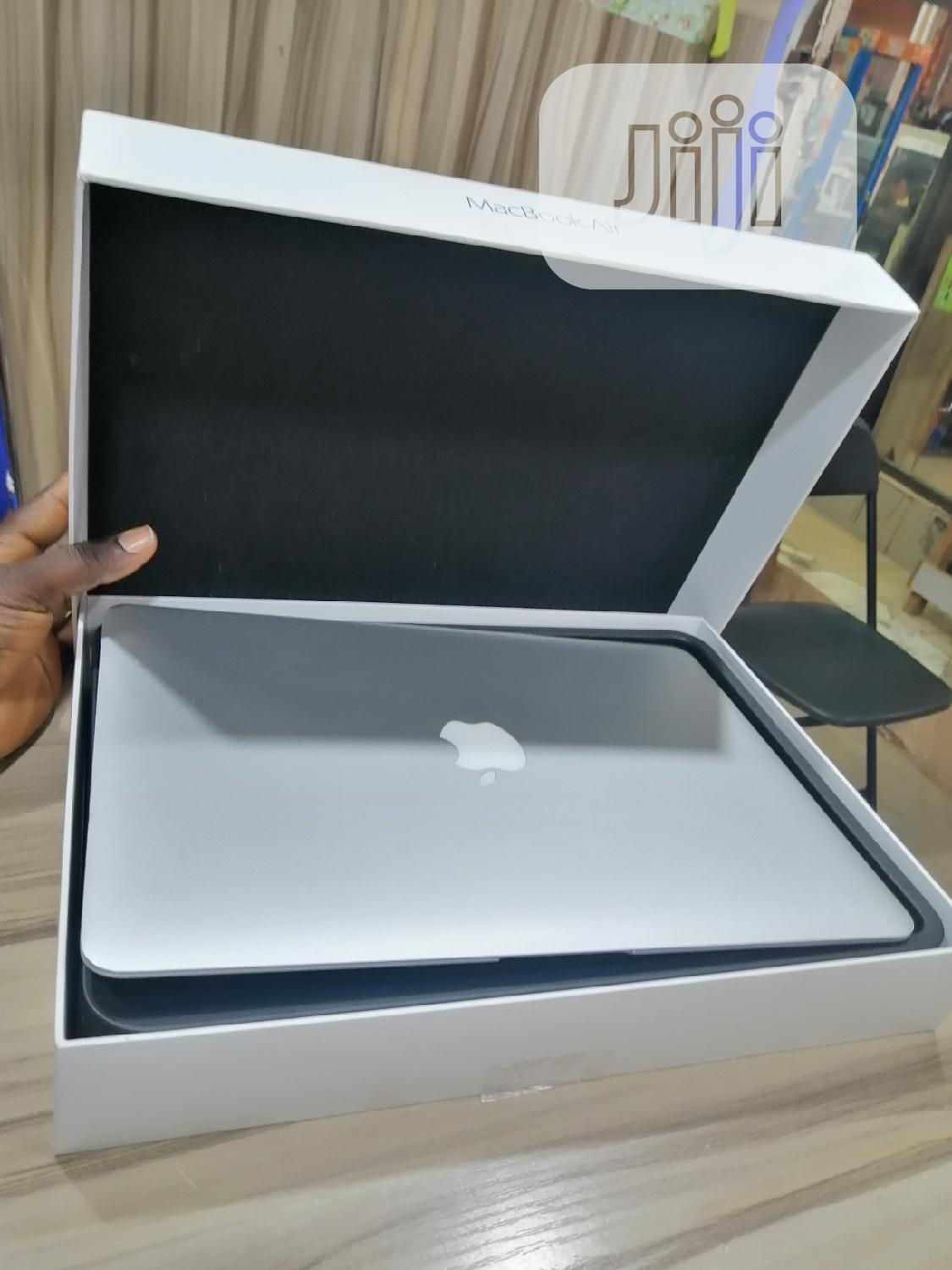 Laptop Apple MacBook Air 8GB Intel Core i7 SSD 256GB | Laptops & Computers for sale in Wuse, Abuja (FCT) State, Nigeria