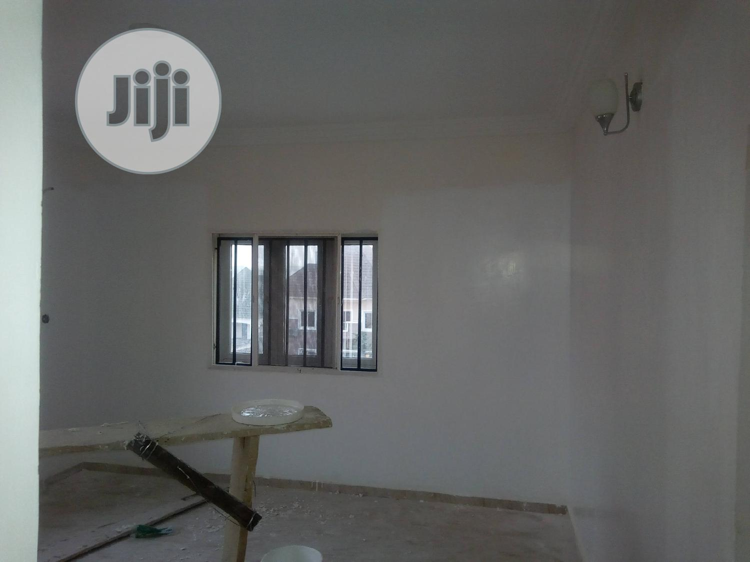 Archive: 1bedroom Flat With Guest Toilet