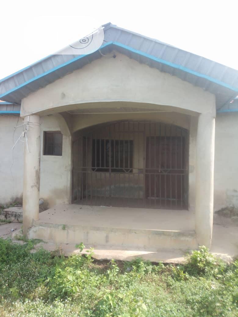 4bedroom Flat @ Oluwo Ibadan | Houses & Apartments For Sale for sale in Ibadan, Oyo State, Nigeria