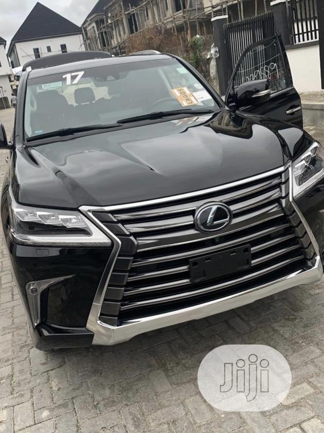 Lexus LX 2017 570 Base Black